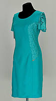 Однотонное платье со вставкой гипюра в тон платья