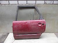 Дверь зад левая (красная) Audi 100 C3 (82-91)