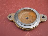 Крышка подшипника Н026.226 закрытая на триммер зернометателя