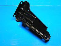 Кронштейн переднего бампера, левый, металлический Chery Amulet  A15 (Чери Амулет), A11-2803580