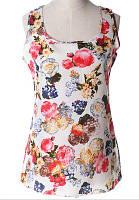 Блуза женская без рукавов / Майка шифоновая с цветами белая