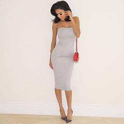 Стильное трикотажное платье футляр в обтяжку