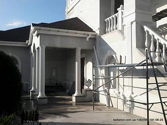 Установленные колонны K6 в архитектуре загородного дома