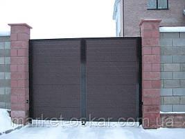 Распашные ворота из сендвич-панелей. Зашивка сендвич-панелями Ритерна, RIB (Гофр). Цвет коричневый, RAL 8017.