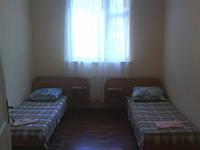 Мини-гостиница в центре Ялты  65гр/чел в сутки.