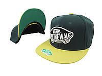 Зеленая кепка Vans