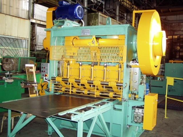 Станок пресс-автомат просечной для производства цельнометаллической просечно-вытяжной сетки ПВЛ - ЧАО «Электротехнология» в Запорожье