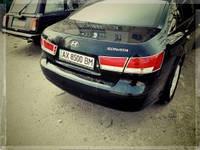 Hyundai Sonata NF на стопы Libao