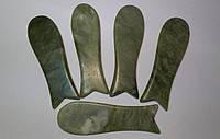 Скребок Гуаша уральский нефрит Рыбка массажер