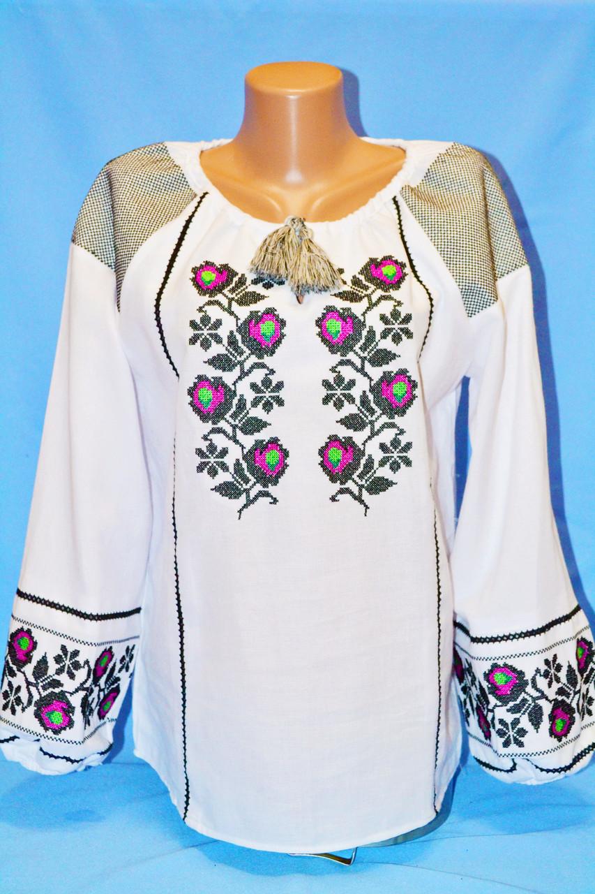 Симпатичная вышитая жнская блуза