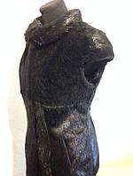 Жилет з стриженої нутрії чорного кольору в поєднанні з хутром мутона 70 см