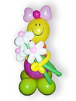 Девочка сбукетом из шаров. Высота - 0,90м