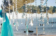Гирлянда из кристаллов для свадебного декора