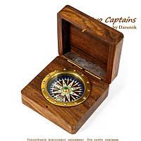Простой компас с декором розой ветров в футляре Bill Grant 3787SB