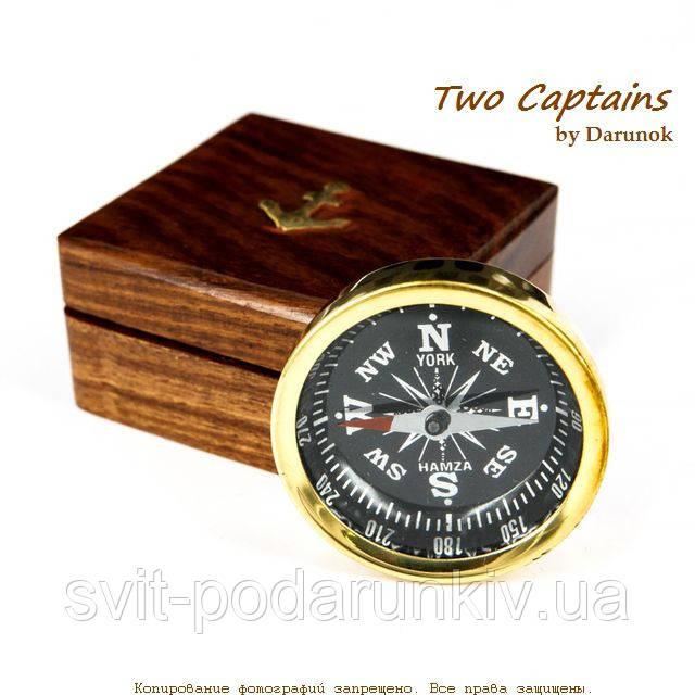 морской магнитный компас