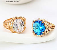 Шикарное  кольцо-перстень с белым кристаллом позолота 18к. 18 размер.
