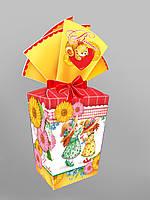 Картонная подарочная упаковка с лентой