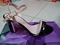 Элегантные женские босоножки на каблуке из натуральной лаковой кожи,чёрн.-беж. ТМ FOLETTI