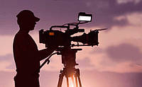 Видеосъемка: оператор с камерой