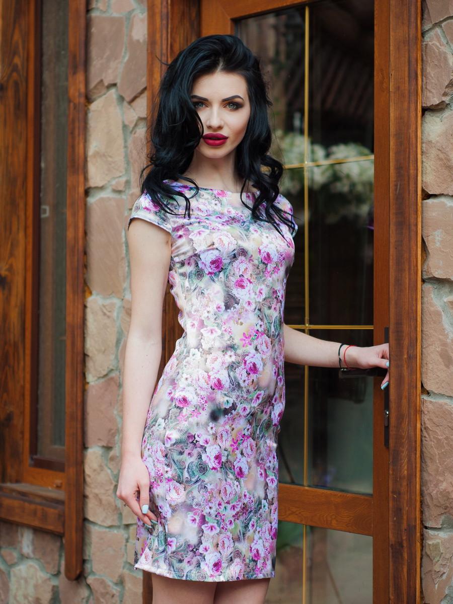 Красиве жіноче плаття атласне з квітами