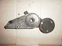 Натяжной механизм ремня на Audi A6 в хорошем состоянии 058 903 133