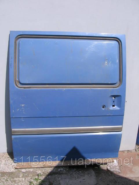 Дверь боковая сдвижная б/у на Mazda E2200 год 1985-2001