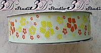 Лента репсовая декоративная светло-желтая с рисунком цветы шириной 2,5 см