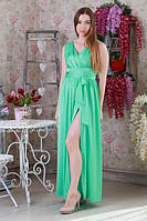 Изысканное платье с разрезом вдоль ноги