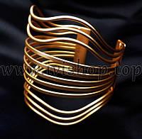 Браслет манжет широкий под золото, матовый, с волнистым узором, фото 1