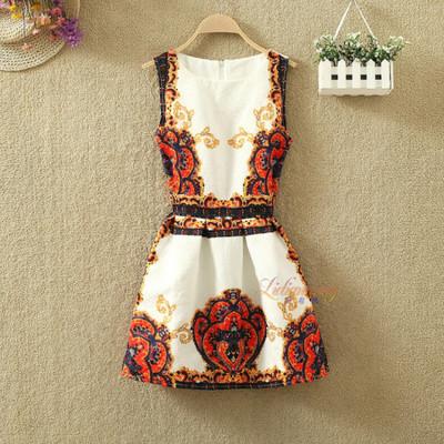 Платье женское жаккардовое с винтажным принтом красным