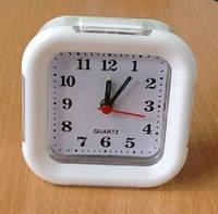 Часы настольные 8129