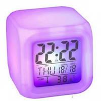 Часы с термометром  меняющие цвет Clock Kub