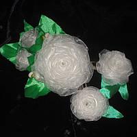 Набор заколочек Белые розы (канзаши)
