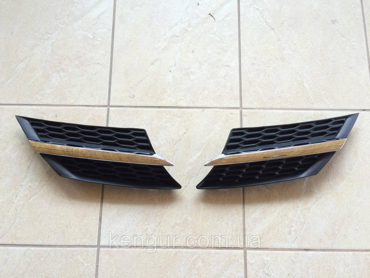 Решетка радиатора Toyota RAV4 2012-2015 53106-42010