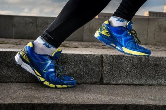 Брендовая мужская и женская спортивная обувь