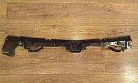 Направляющая (кронштейн, крепление, рейка, опора) заднего бампера центральная внутренняя OPEL ASTRA-J 5 DOOR HATCH 68 13266743 General Motors 13266742