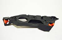 Направляющая (кронштейн, крепление, рейка) переднего бампера левая GM 1406207 13179960 13179963 OPEL Corsa-D соединяет передний бампер с передним