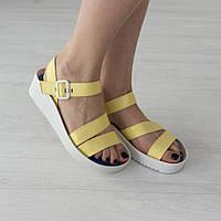 Босоножки Woman's heel желтые (О-722)