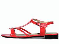 Лаковые коралловые сандалии  38
