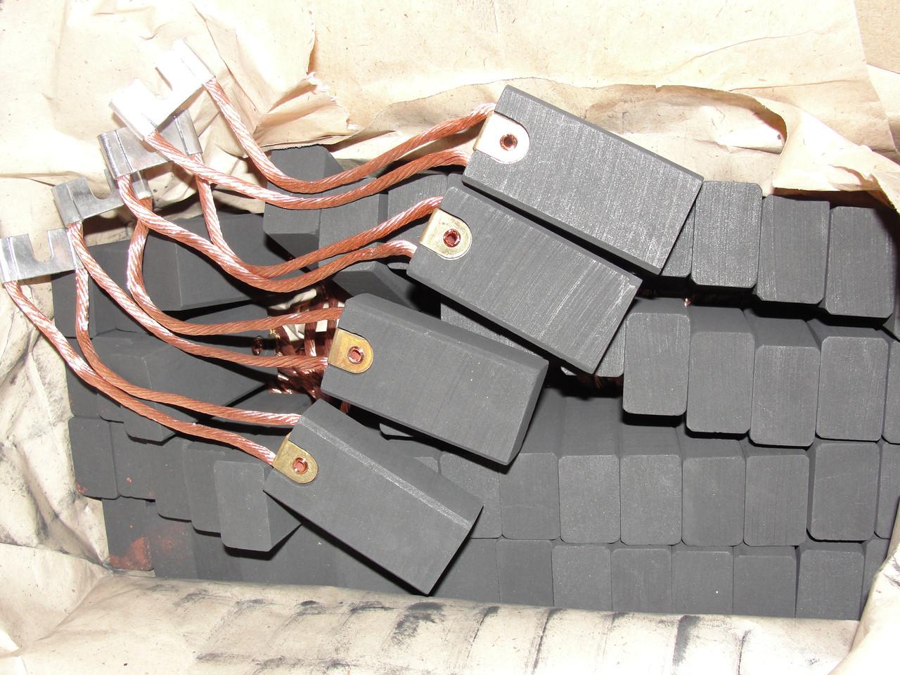 Електрощітки ЕГ 14 20х32х40 (64)
