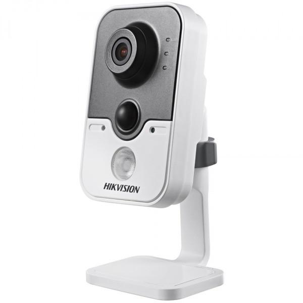 IP видеокамера Hikvision DS-2CD2412F-IW (2.8мм)