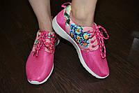 Розовые кроссовки с цветочным принтом, 37р