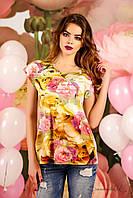Нарядная женская футболка с цветочным принтом 48-50 размер