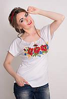 Молодежная трикотажная вышитая женская футболка