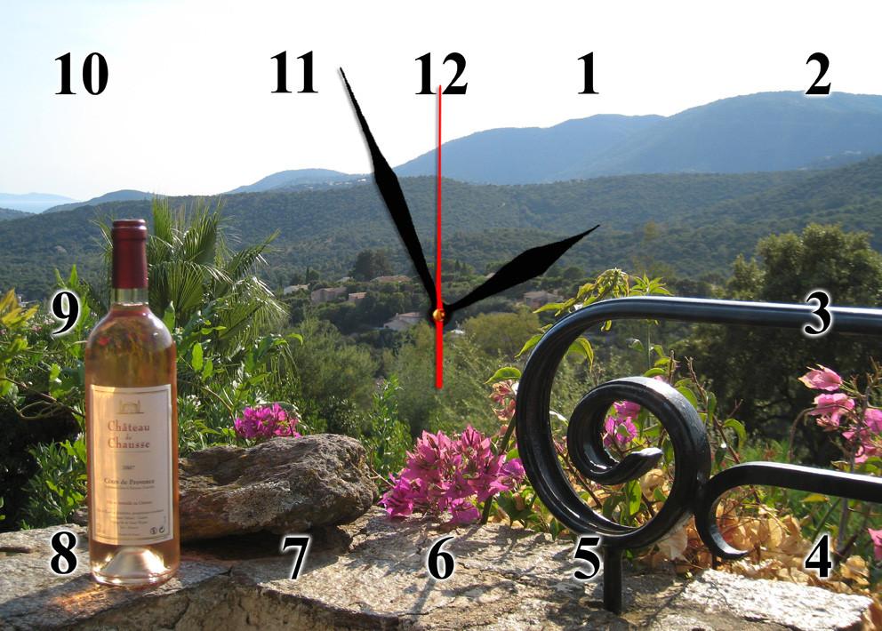 """Годинники настінні """"В горах прованс""""- із скла"""