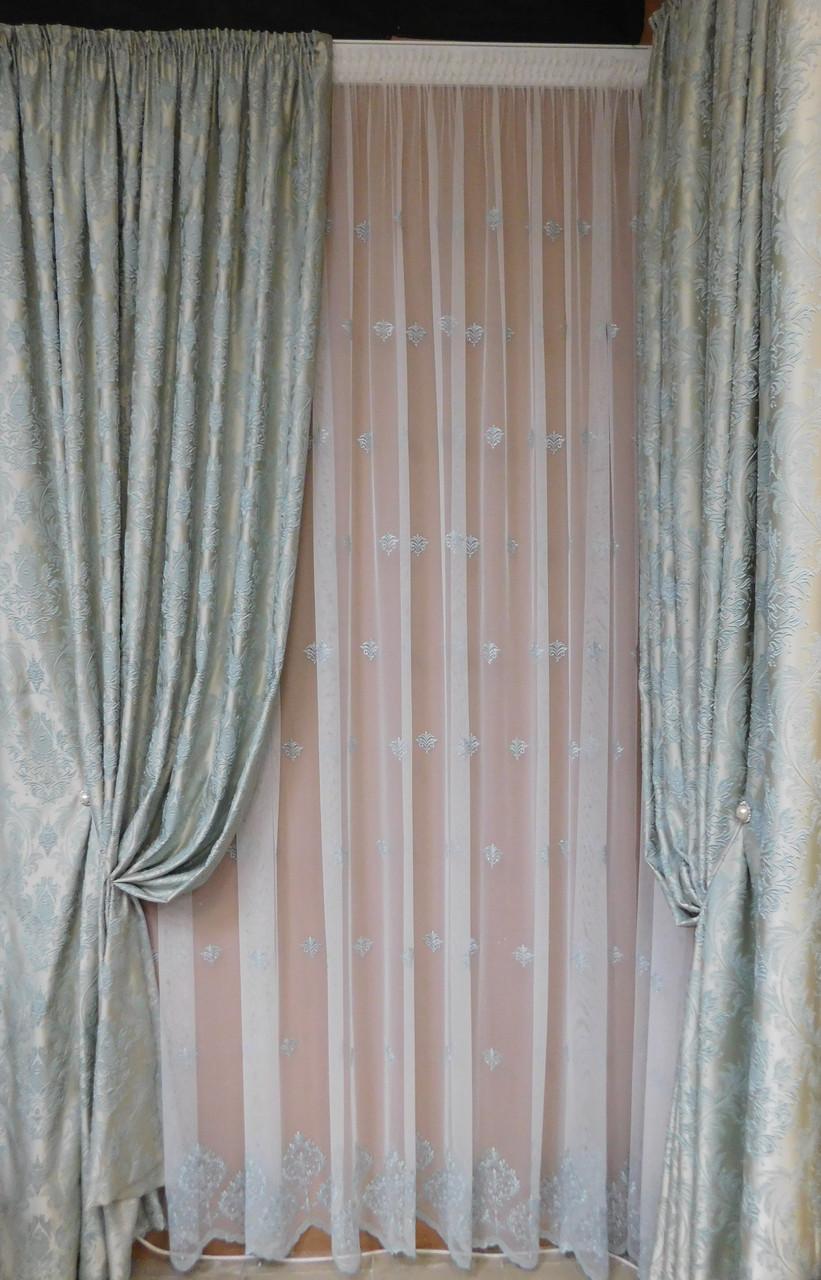 Готовые шторы с классическим рисунком