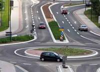 В Украине меняется порядок проезда перекрестков