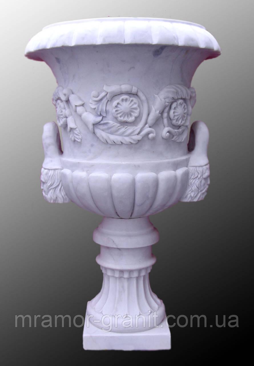 Чаша из мрамора