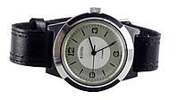 Восток механические часы СССР Пластмассовый корпус Редкие