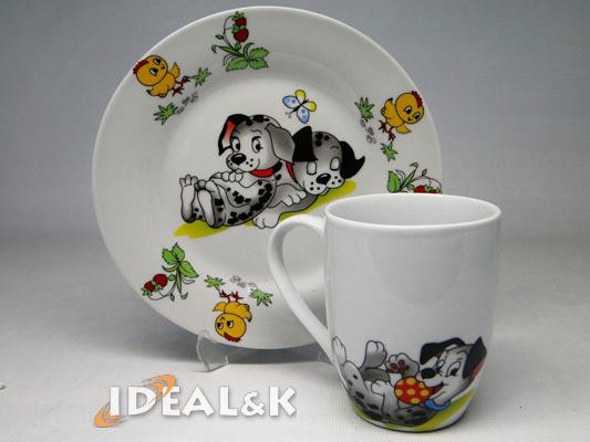 """Детский набор посуды   """"Озорные щенки """"  (с новой чашкой)"""